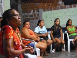 MARIA DA PENHA_ EM PRIMEIRO PLANO - REUNIÃO COMUNIDADE - FOTO_JOEL CAVALCANTI (4)